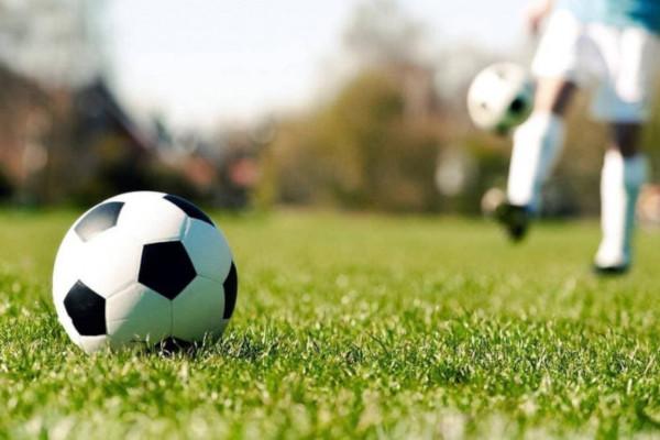 Роман Терюшков: «Поздравляю с Днём футбола всех, кто причастен – игроков, тренеров, арбитров, любителей, болельщиков»